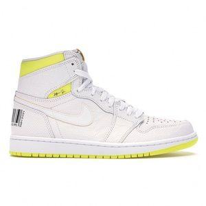 NWT Nike Air Jordan Retro 1 High OG